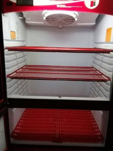 Refrigerador coca cola.