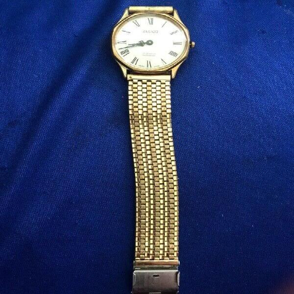 Reloj zelico