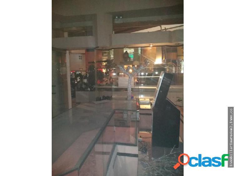 Renta local plaza pabellon parotti, pachuca hgo