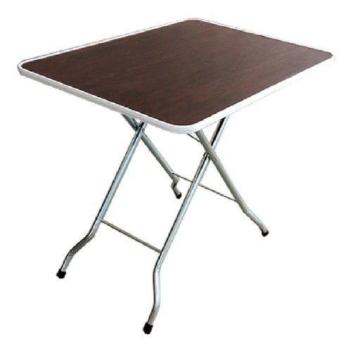 Mesa pegaso plegable portátil.