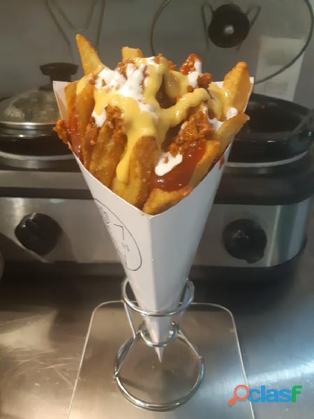 Negocio de papas fritas en traspaso