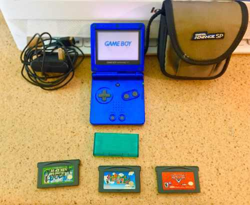 Nintendo game boy advance sp 001