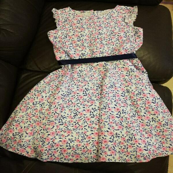 Vestido de niña talla 8-10 estampado
