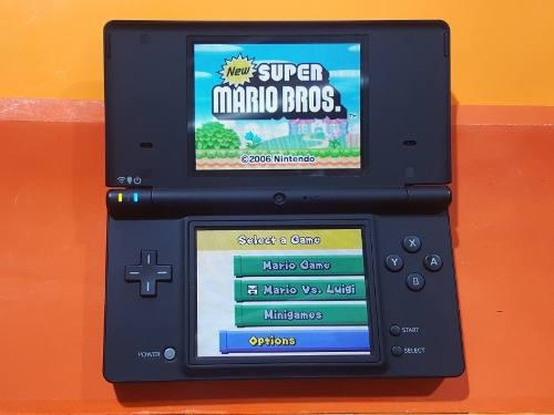Nintendo ds i consola + cargador + 4 juegos // nintendo ds