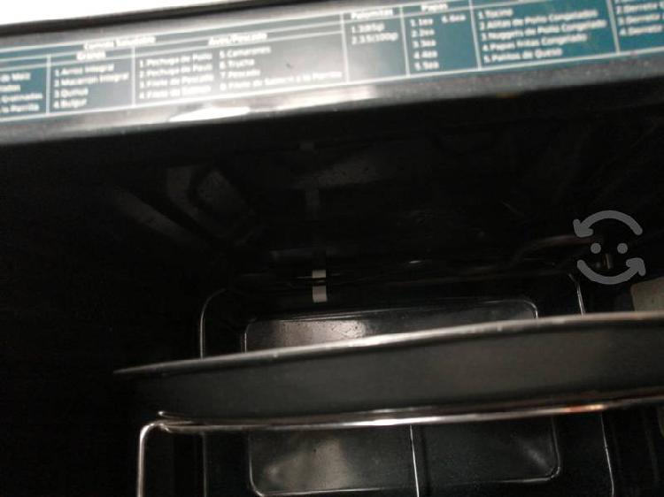 Horno de microondas con tostador