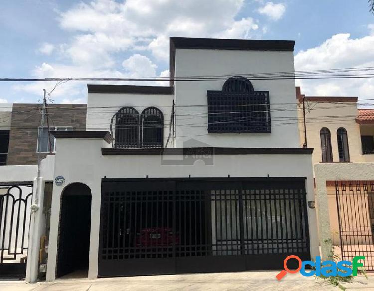 Casa en venta col. valle del contry, guadalupe, n.l.