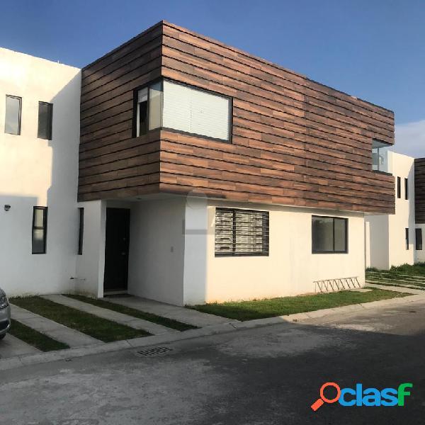 Casa en renta, nueva en privada ubicada en Mexicaltzingo Estado de México