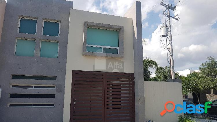 Casa sola en venta en Jacarandas Sector 1, Apodaca, Nuevo León