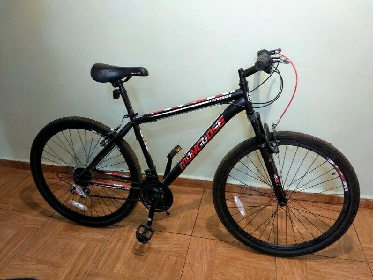 Bicicleta de montaña nueva marca mongoose