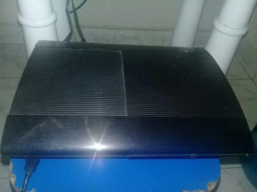 Consola ps3 con cables, y controles originales