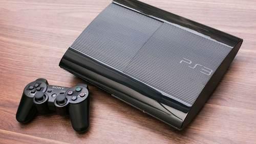 Consola ps3 super slim 250gb + regalos.