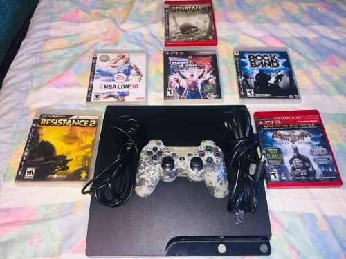 Playstation 3 con diferentes juegos digitales y en fisico