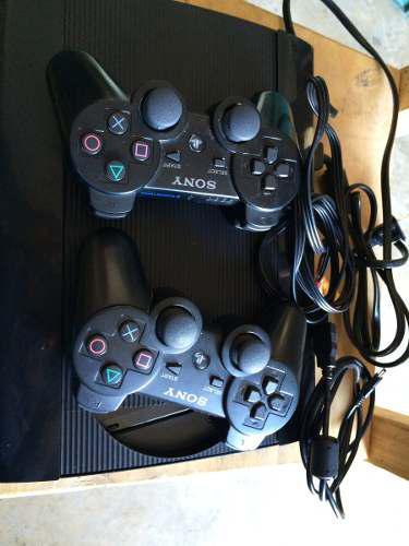 Playstation 3 seminuevo 2 meses de uso