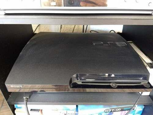 Ps3 slim 320gb con 9 juegos y 2 volantes de regalo