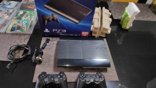 Ps3 super slim 250 gb 2 controles y 3 juegos a elegir