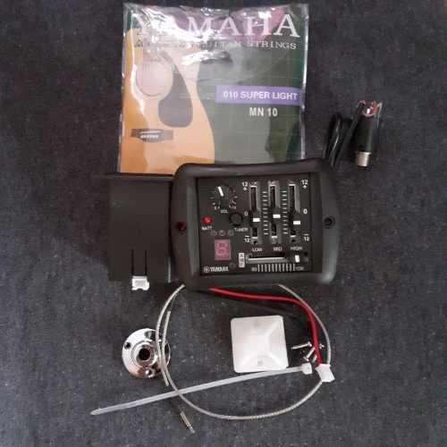Pastilla yamaha para guitarra acustica pro series + cuerdas