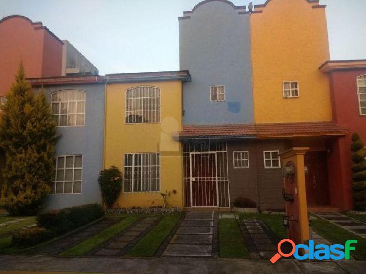Casa en condominio en venta en San Pedro Totoltepec, Toluca, México