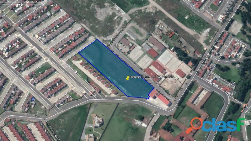 Venta de terreno habitacional de 9,005 m2 en Zinacantepec