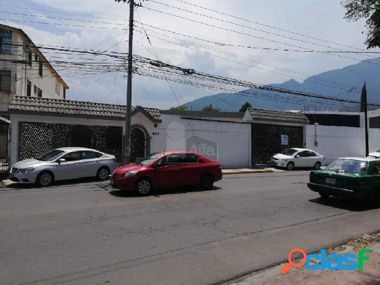 Oficina comercial en venta en Cumbres 1er Sector, Monterrey, Nuevo León