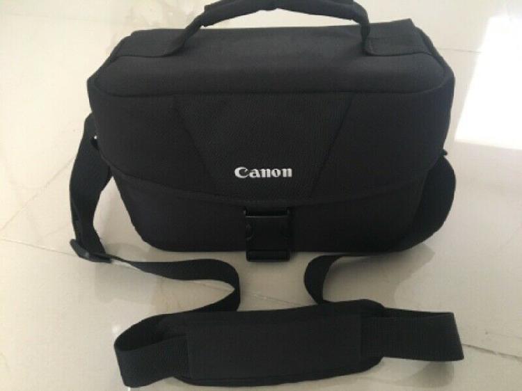 Vendo cámara profesional canon t6i