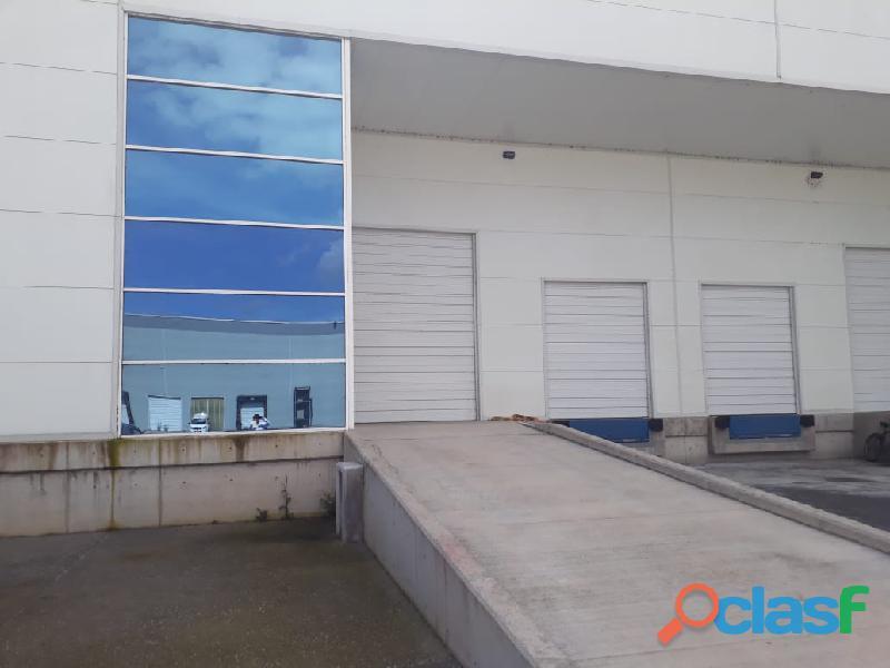 Bodega de 960 m2 para renta temporal de 3 y 6 meses en ocoyoacac