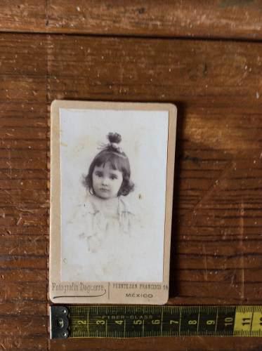 Fotografia antigua niña con dedicatoria fecha de 1891