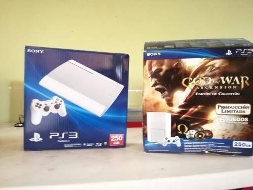 Playstation 3 edición especial gow con juegos