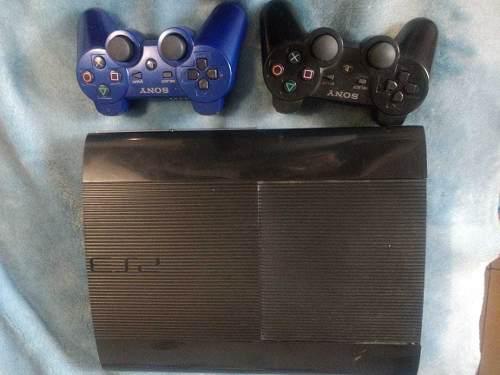 Ps3 con controles y juegos