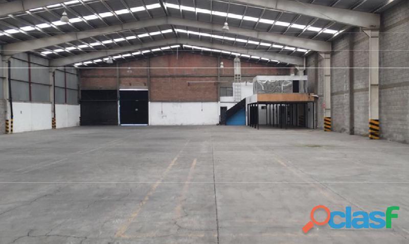 Renta de bodega industrial de 2,350 m2 en lerma