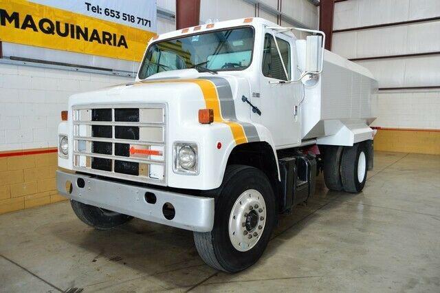 Camión pipa de agua 12,000 lts international 1986