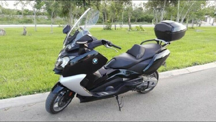 MOTO BMW IMPECABLE