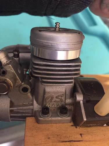 Radio control motor gasolina marino