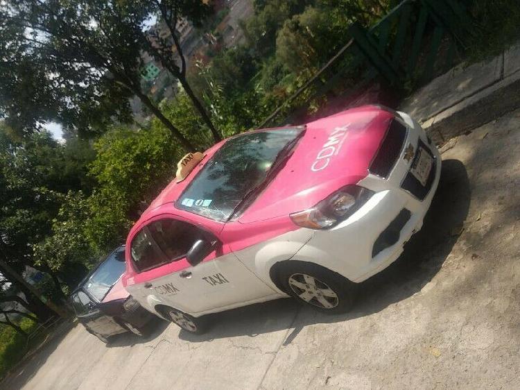 Taxi CON placa en $140000