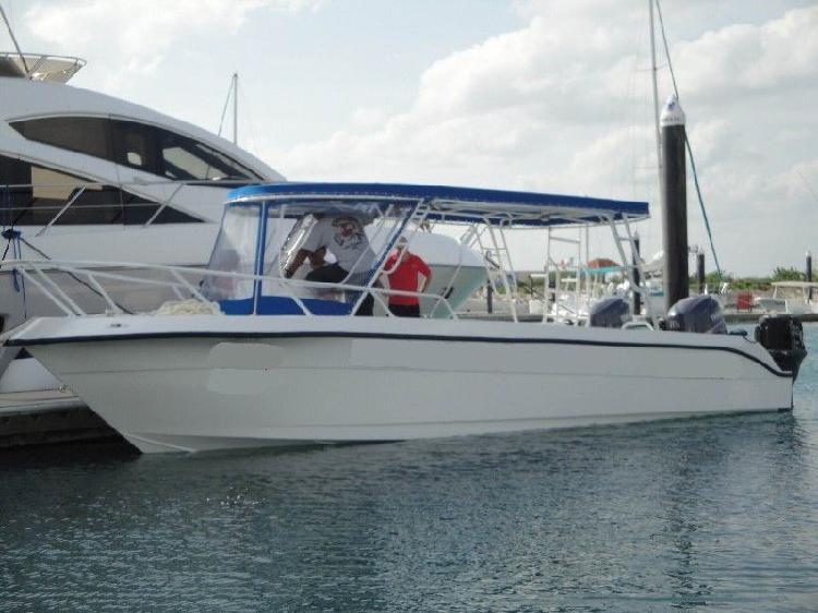 Embarcacion de buceo max diver 31