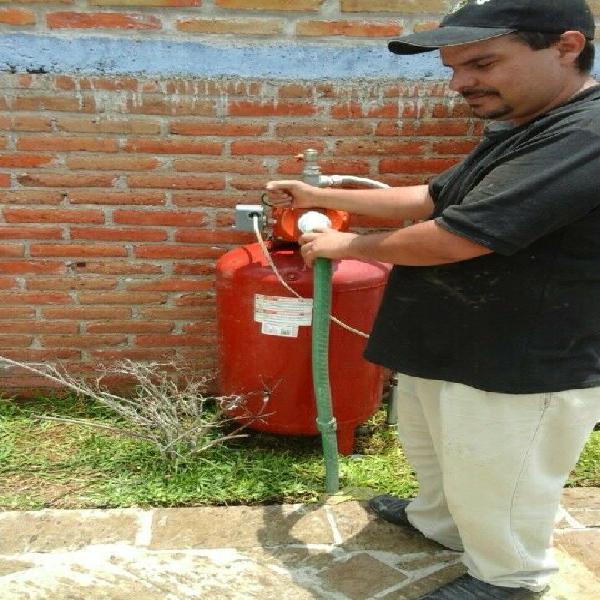 Servicio de hidroneumaticos fontanería y electricidad
