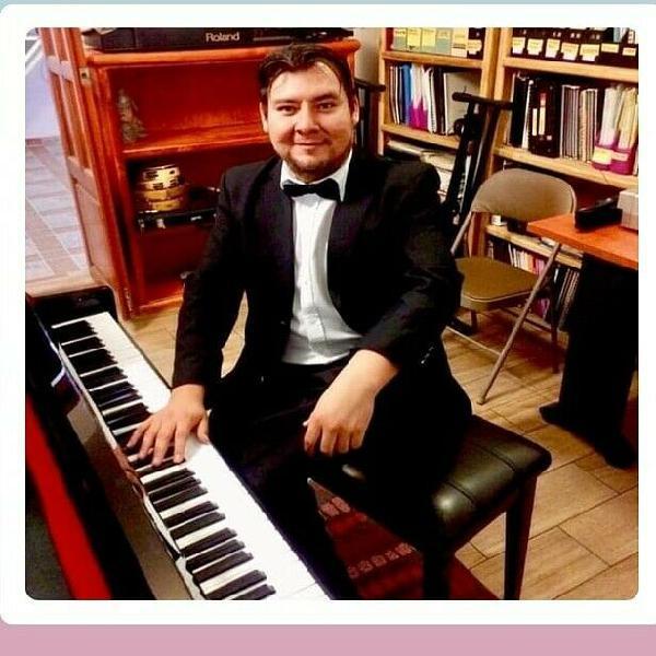 """Clases de piano y acordeón """" para niños, jóvenes y"""