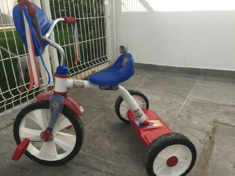 Triciclo apache, como nuevo