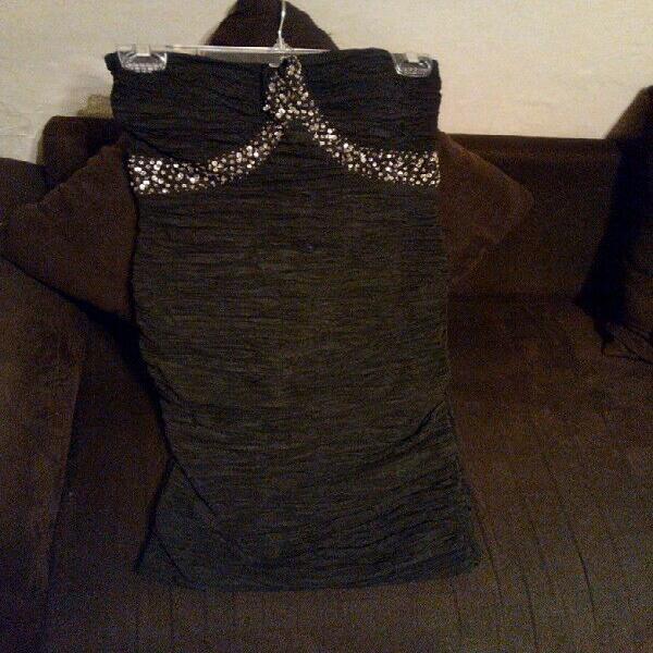 Vestido de fiesta ($450.00) una sola puesta