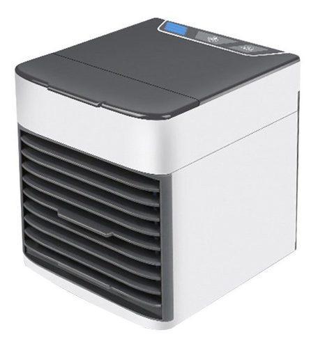 Mini refrigerador blanco y negro