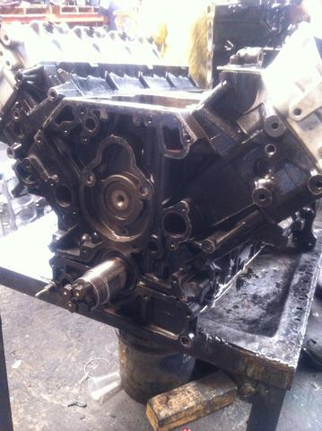Motor ford 5.9 en diferentes presentaciones