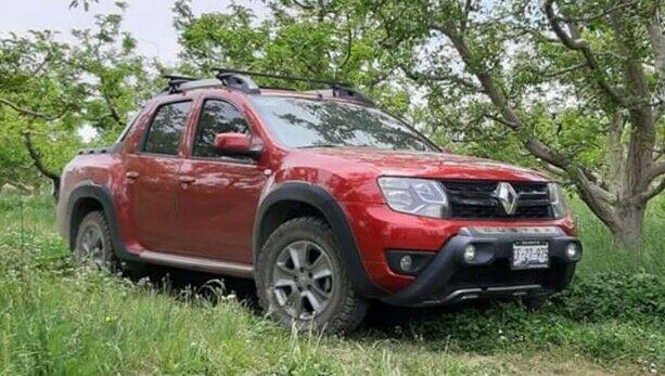 Renault oroch outsider smr at
