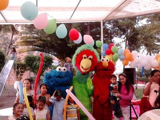 Servicio de show Plaza sesamo, show infantil abelardo elmo