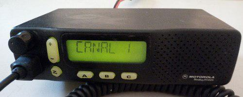 Radio movil motorola m1225 con display vhf 150-174 mhz 40w