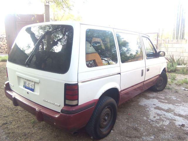 Van dodge caravan 91 automatica. en regla 2015