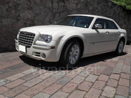 Renta de autos de lujo, limosinas y clasicos para bodas, xv