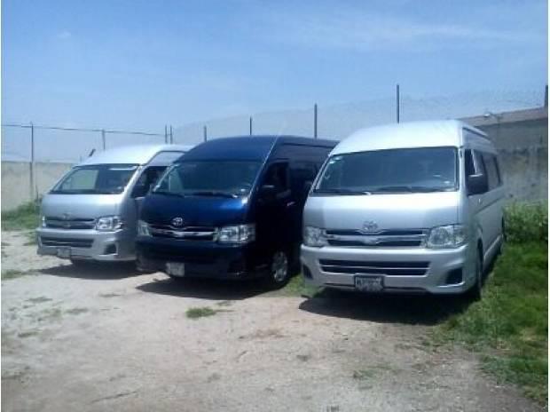 Renta de camionetas nissan para 15 pasajeros con o sin chofe