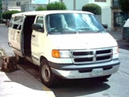 Renta de camionetas de 14 y 20 pasajeros en puebla
