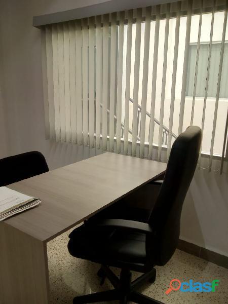 OFICINAS EN RENTA CON SERVICIO DE SALA DE JUNTAS 8