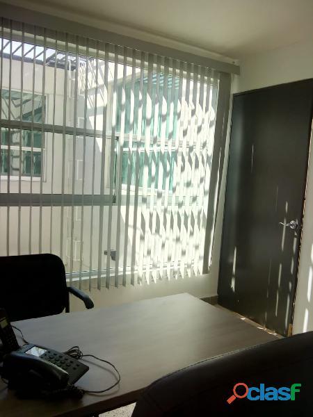 OFICINAS EN RENTA CON SERVICIO DE SALA DE JUNTAS 9