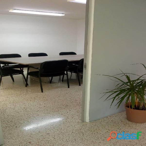 OFICINAS EN RENTA CON SERVICIO DE SALA DE JUNTAS 11